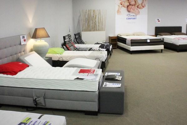 magasin de la literie good mobilier de chambre coucher with magasin de la literie trendy. Black Bedroom Furniture Sets. Home Design Ideas